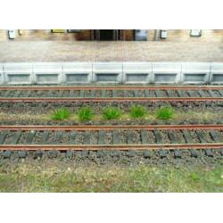 100 touffes d'herbes vert foncé - 6 mm