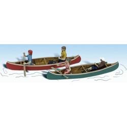 Échelle HO : 2 canoes 4 personnages bagages